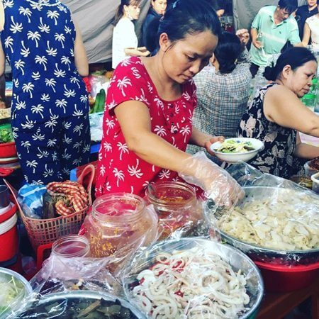 con market food