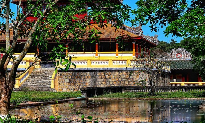 hue imperial palace