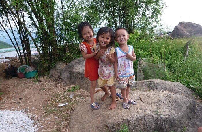 childrend in countryside in vietnam